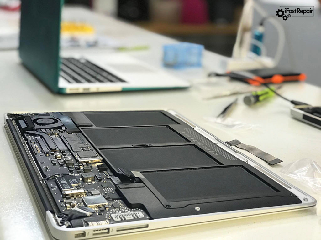 Χρειάζεσαι επισκευή MacBook; Δες τις υπηρεσίες μας εδώ!